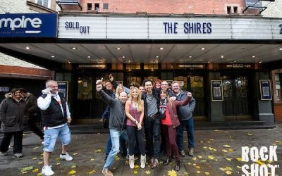 Interview: The Shires. Fish 'n' Chips & Country Licks.