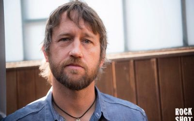 Interview: Chris Shiflett, Honky-Tonk Foo Fighter