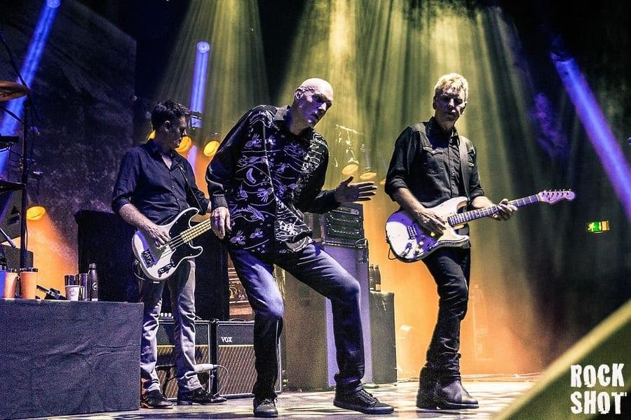 Live: Midnight Oil @ Hammersmith Apollo