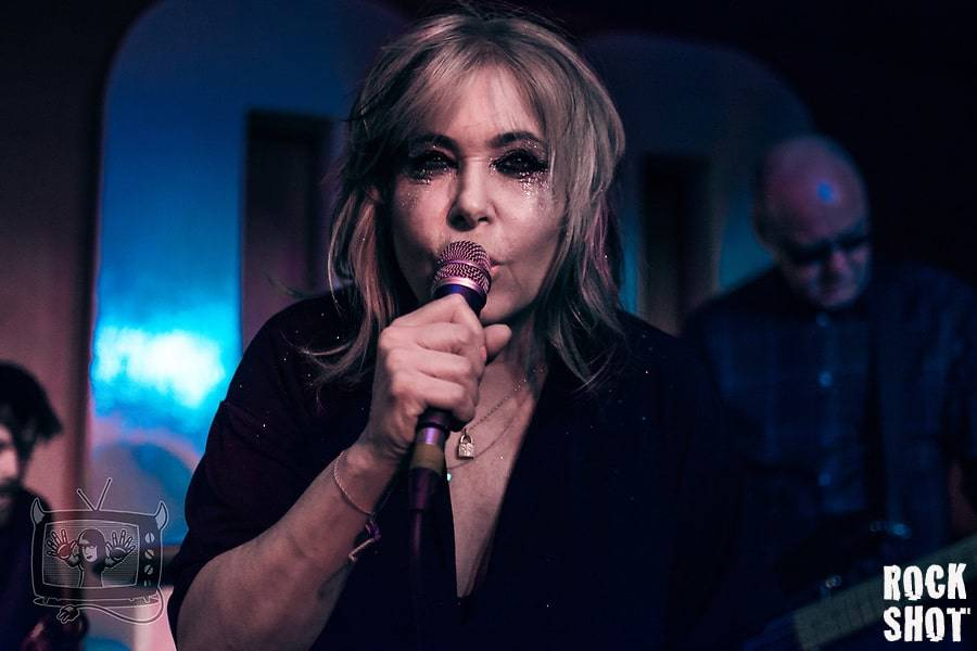 Uncaged : A Tale Of Brix & The Extricated At 100 Club