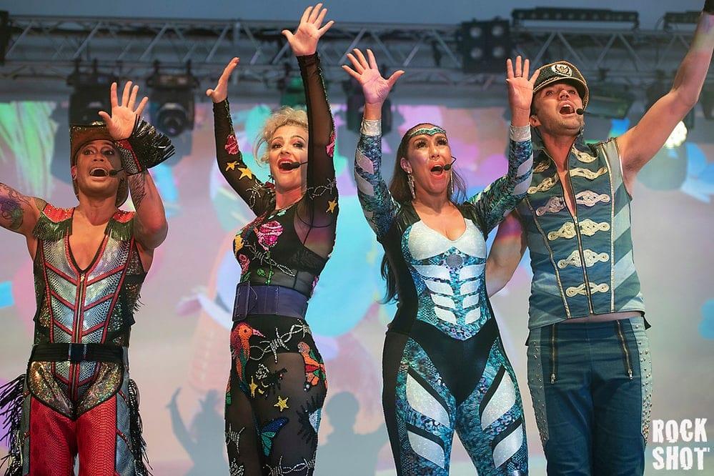 L-R: Donny Latupeirissa, Denise Post-Van Rijswijk, Kim Sasabone & Robin Pors (Kalpesh Patel)