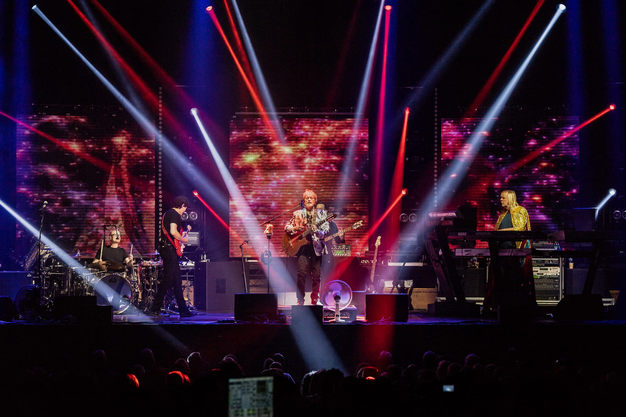 Yes Featuring ARW Live At Newcastle City Hall: Yes!
