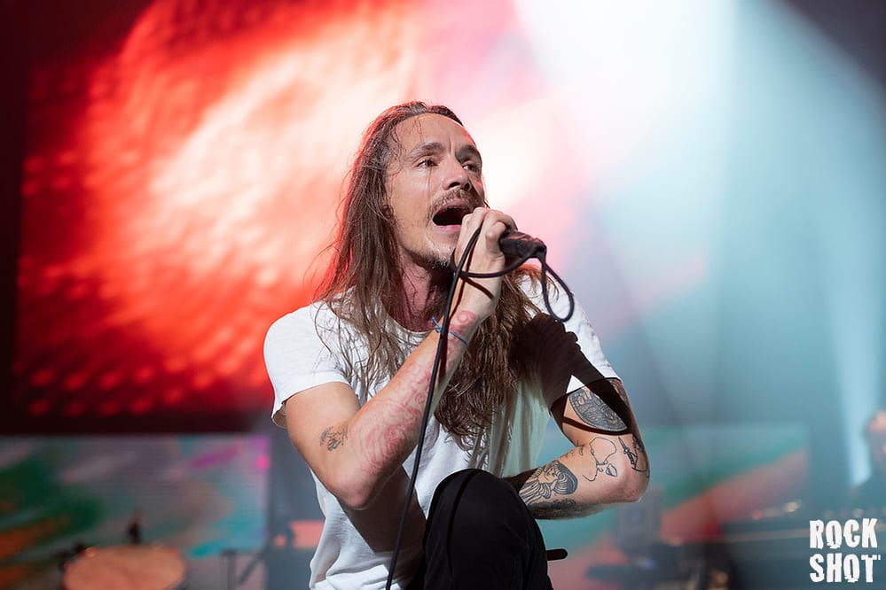Incubus Drop A Glitterbomb On Brixton Academy