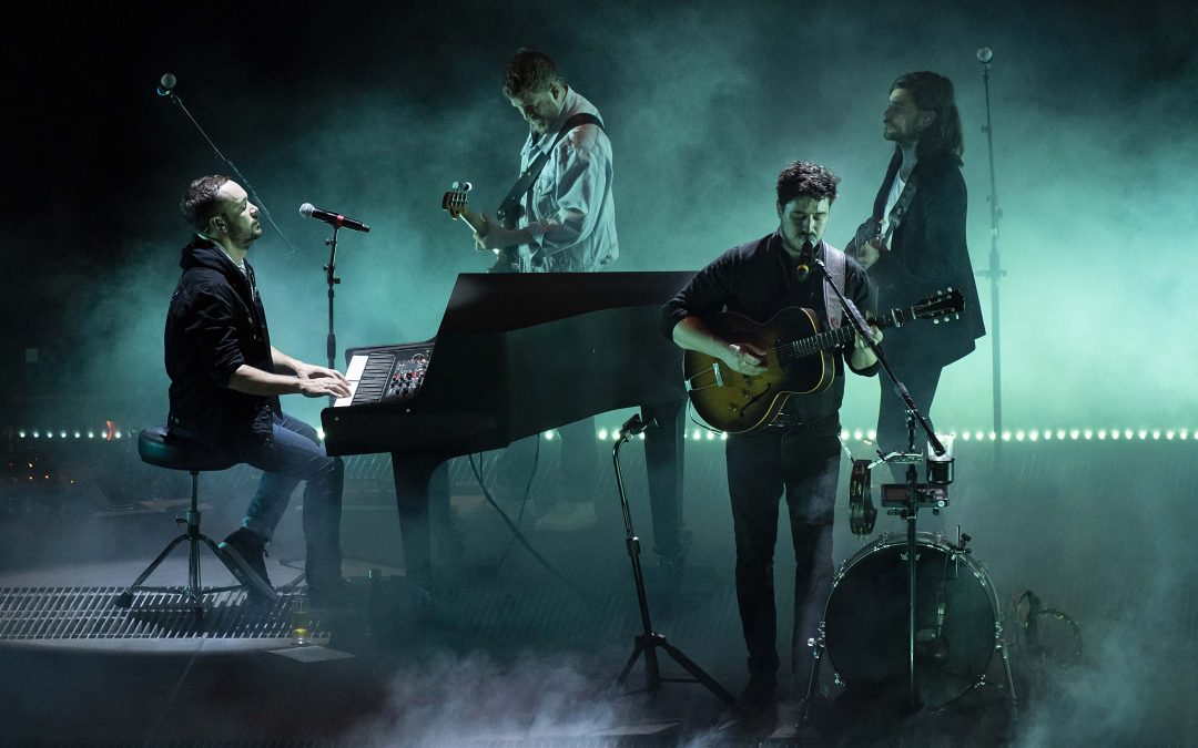 Mumford & Sons Bring Delta To London's O2 Arena