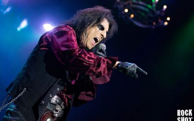 Alice Cooper Opens The Doors To His Nightmare Castle At The O2
