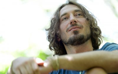 Wille And The Bandits' Frontman Releases Single Houses On The Sand To Help The Homeless