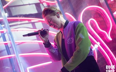 La Roux Wraps Supervision Up In Fabric