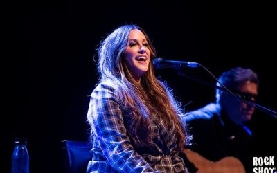 Alanis Morissette Strips Jagged Little Pill Back 25 Years On At Shepherd's Bush Empire