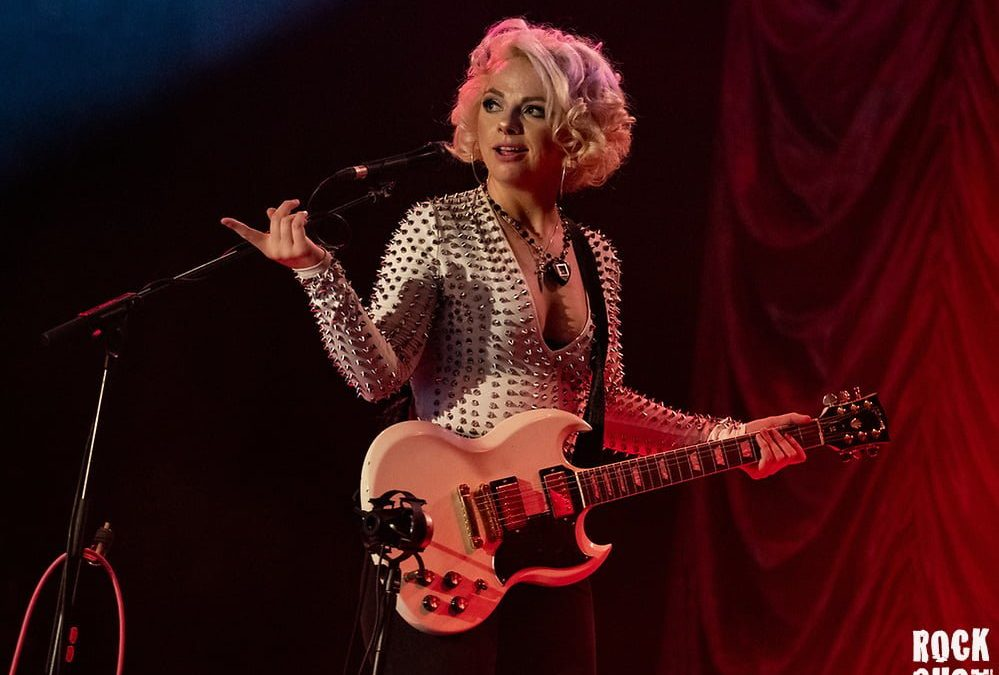Samantha Fish Spreads Her Net Over London Audience In Style